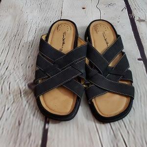 Thom McAn Leather Slides Sz 10